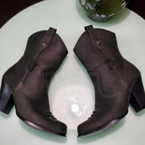Harley-Davidson Shoes - (SOLD) Harley Davidson Daisy Women Boots